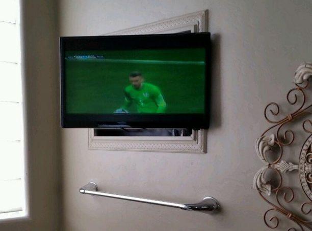 Custom Installed Bathroom LCD TV 800 x 600
